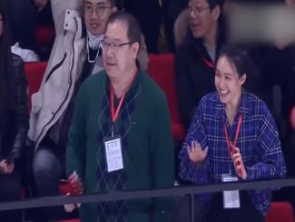 英达儿子创历史 打入KHL中国本土球员首球