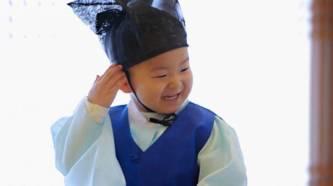 """其实现在大家最爱的应该是这个""""国民宝宝""""小民国,嗯,他的表情包确实图片"""