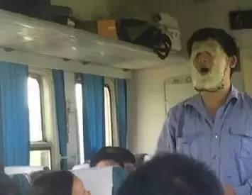 中国最牛的推销文案,都在火车上!