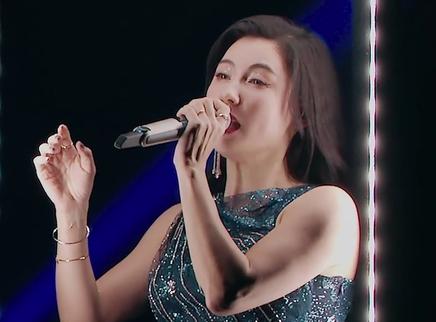五公舞台直拍版:张柏芝