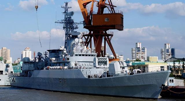 從亞洲賣到非洲,魔改34年,成為中國護衛艦出口的傳奇