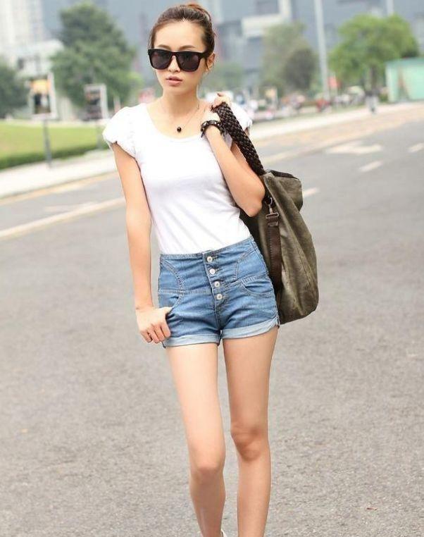 舒适养眼的牛仔裤美女,很有吸引力,轻松成为女性的焦点插图(5)