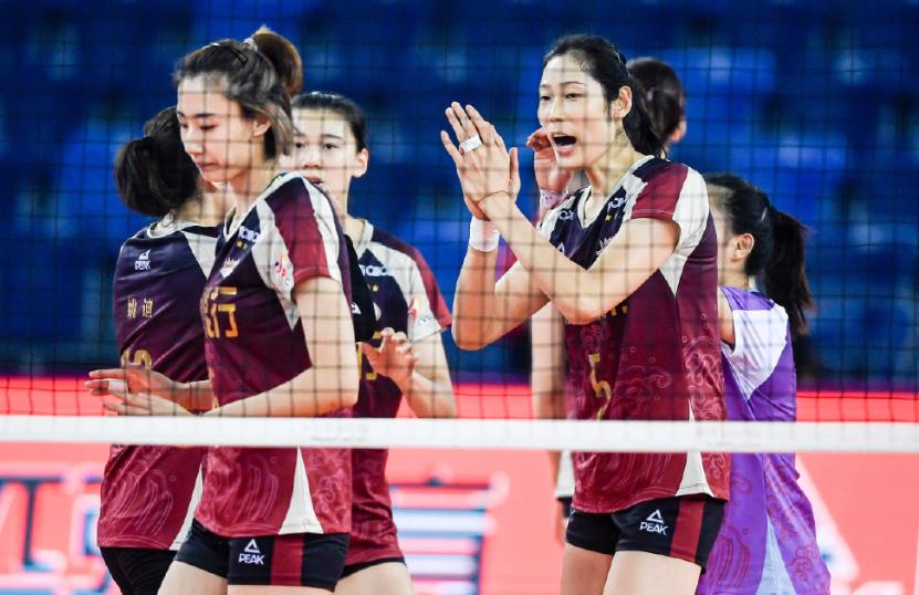 3 – 0!天津女排率先挺進決賽,離第十三座冠軍獎杯又近瞭一步