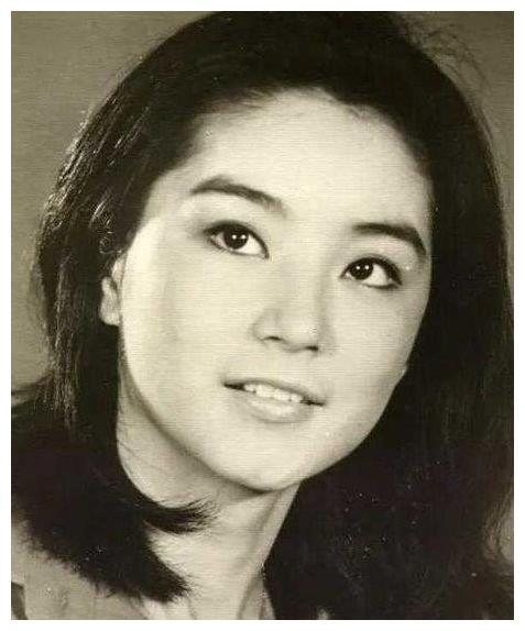 林青霞在河南的親姐姐,下崗每月領450元退休金,40年後姐妹重逢