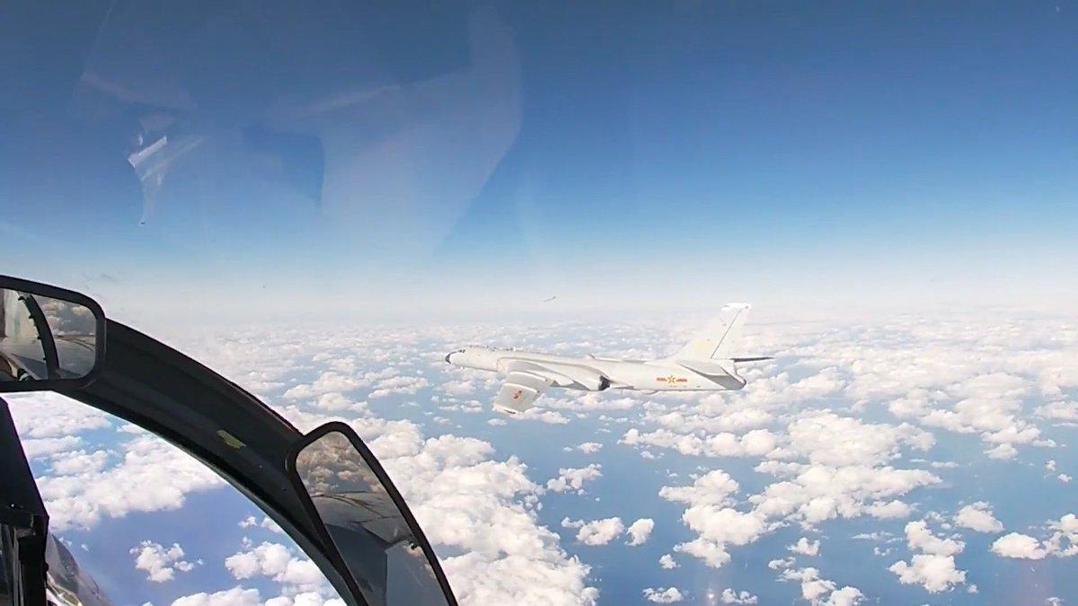 同樣的方向,中俄空軍再次聯合巡航!俄網友:僅針對第四、第五國