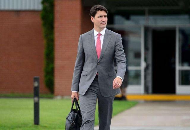 特朗普要氣炸!伊萬卡盯著加拿大總理眼睛發直,一臉的花癡樣