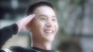 《卧底归来》连局宝玉缅怀高达
