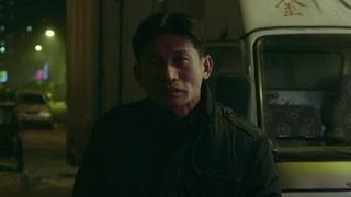 小王发现神秘人背冰刀 神秘人竟是死了的梁志军