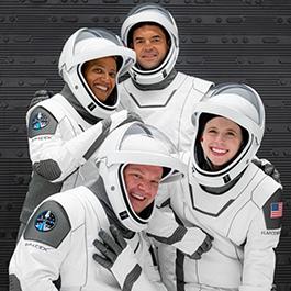 四名普通人上太空旅行三天