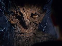 《当怪物来敲门》树人初现身片段 连姆-尼森磁性献声