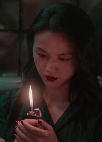"""《地球最后的夜晚》定档预告 汤唯黄觉上演""""末日逃亡""""谜情"""