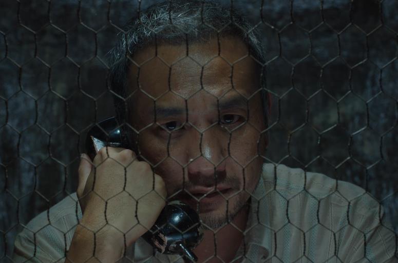 """《地球最后的夜晚》曝""""心醉""""版终极预告片"""