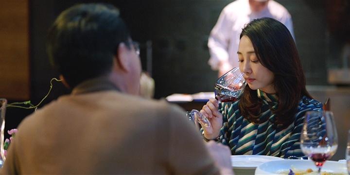 """《妈阁是座城》曝""""酒后吐真言""""片段"""