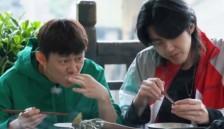 节目中黄磊曾做一道田螺塞肉,何炅大赞好吃,但饭后碗却成了亮点