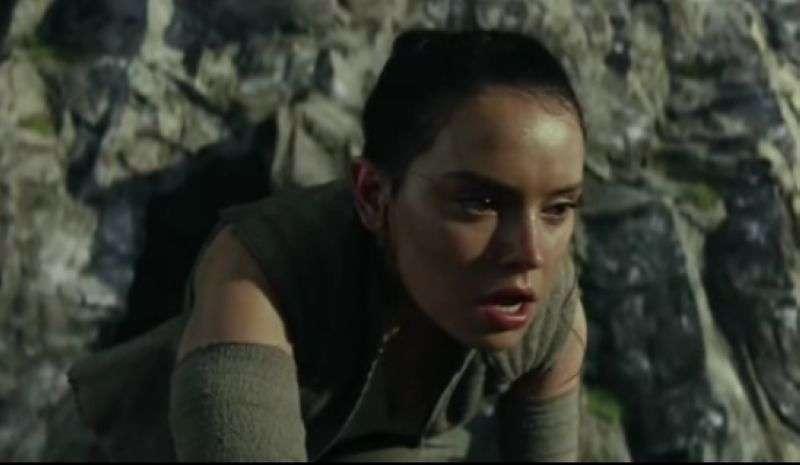《星球大战:原力觉醒》日版片段