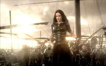 《300勇士:帝国崛起》电视版预告片4
