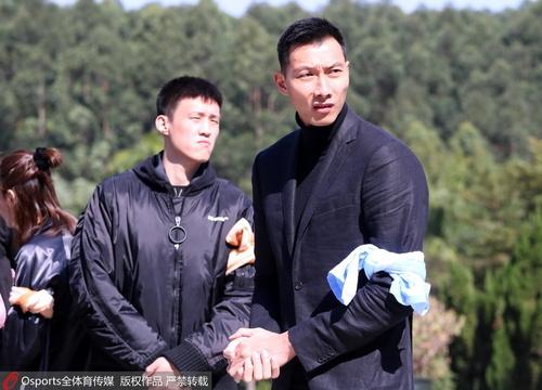 陈林遗体告别仪式 宏远系众球员到场悼念