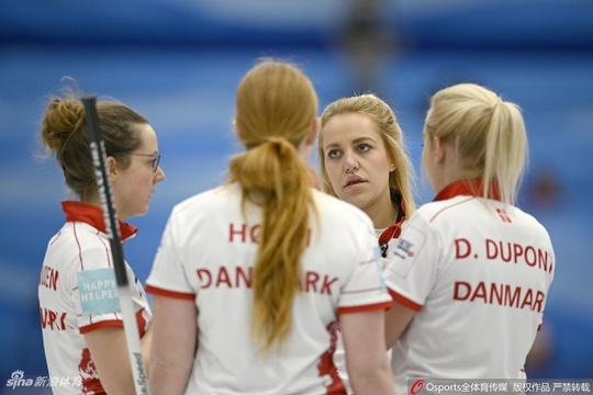 冰壺世錦賽拉脫維亞11-8丹麥