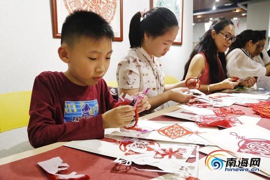 首届海南岛国际艺术生活展海口开展