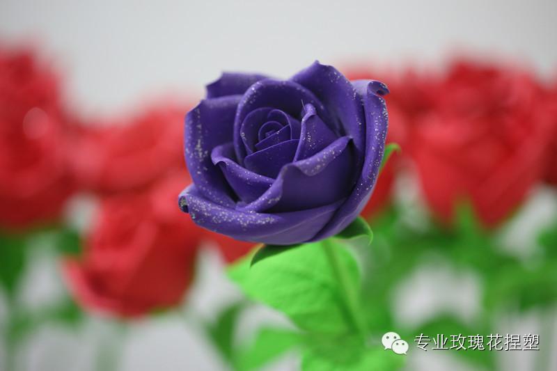 qq表情玫瑰心形_表情 qq表情玫瑰拼成心形 用图片_小禾网