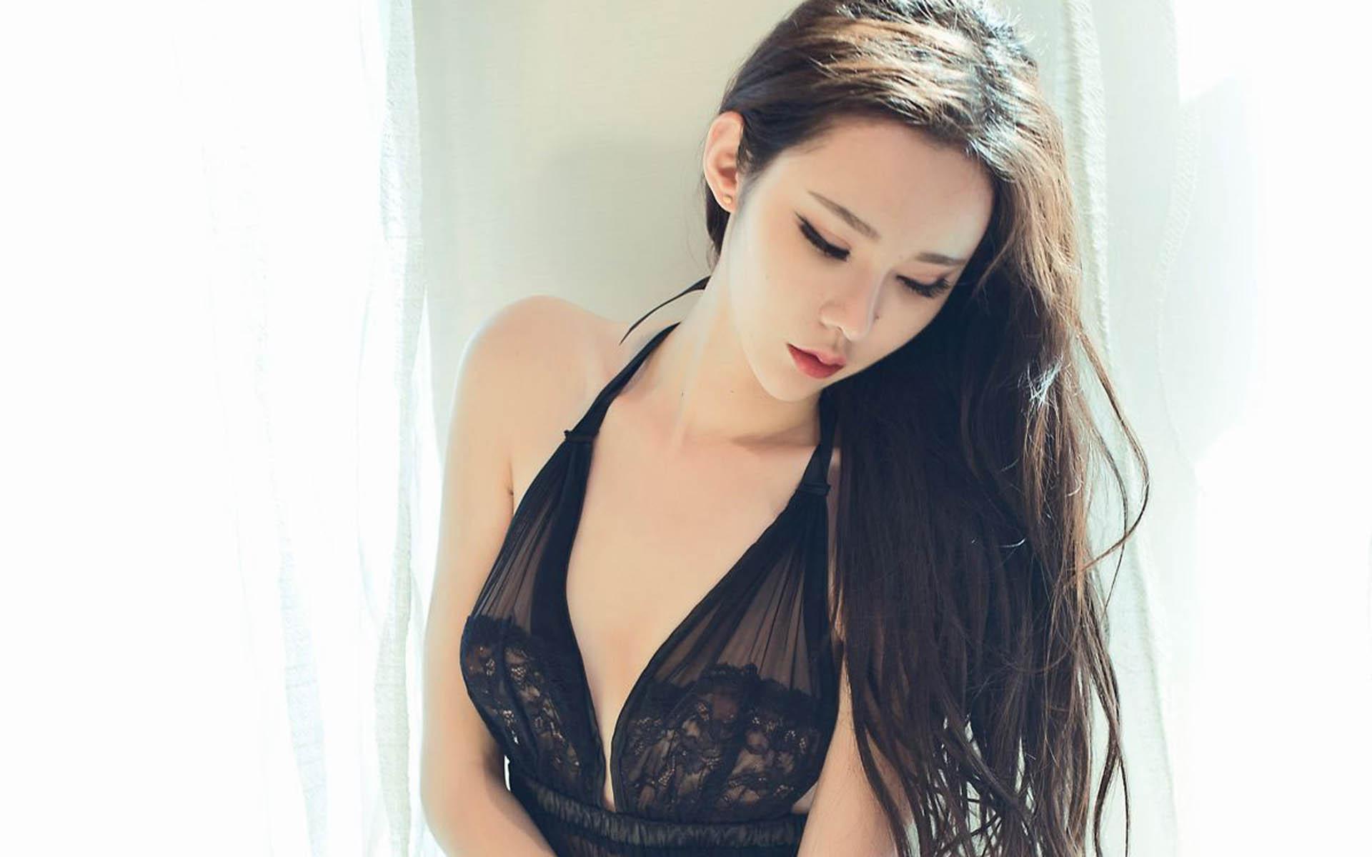 黑丝性感大胸内衣美女桌面壁纸 桌面壁纸 内衣美女 大胸 性感 黑丝 美女图片  图8