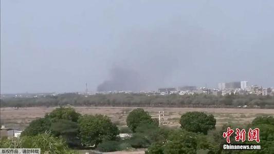 巴基斯坦坠机救援现场曝光