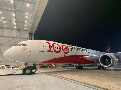 澳航百年纪念787彩绘飞机