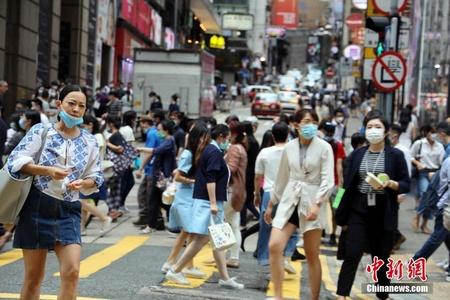 疫情缓解下的香港日常