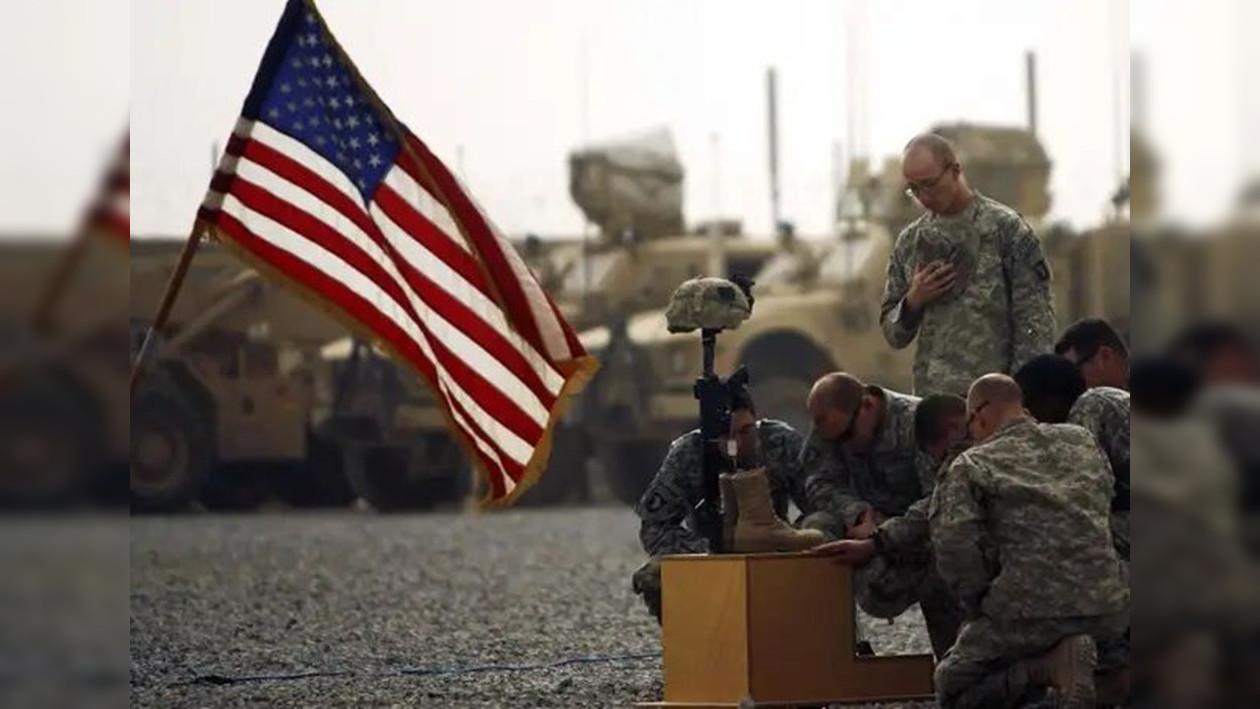 美军将迎来最屈辱撤兵?5000人仓皇撤离,军事基地也被要求关闭