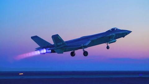 不承认现实,印度空军依旧嘴硬:歼20不隐身且没有超视距作战能力