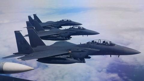 大批美军战机重返叙利亚
