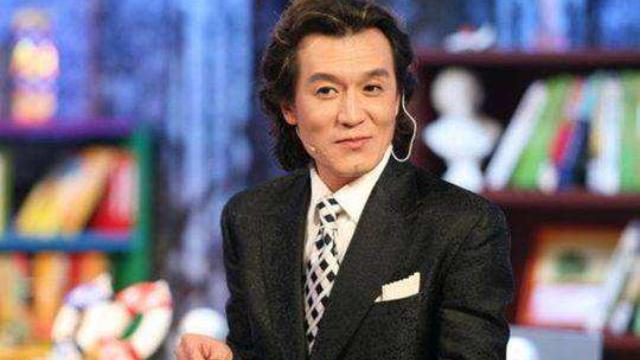 默哀!著名主持人李咏因病在美国去世,年仅50岁!