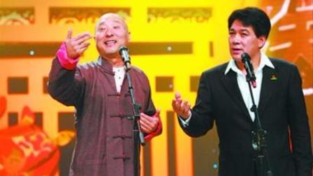 陈佩斯、朱时茂相声《学说上海话》,一开口全场沸腾了!