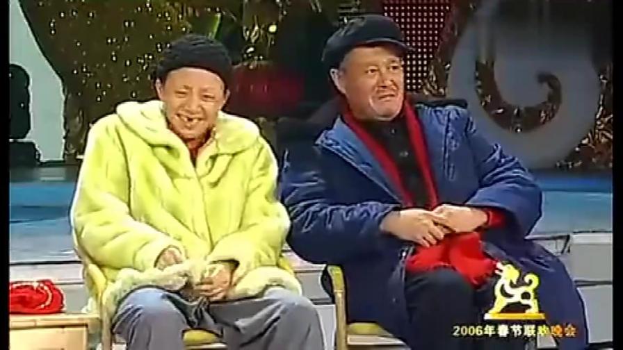 赵本山联合宋丹丹一起吹起牛来,太逗了!观众都笑的肚子痛