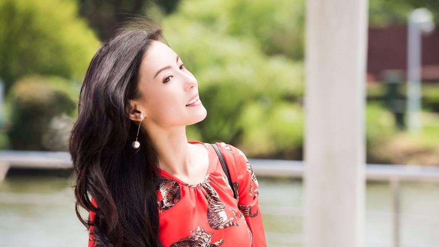 刘嘉玲过分调侃张柏芝:我老公是影帝,张柏芝将她回怼得哑口无言