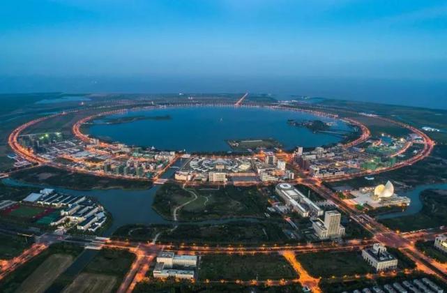 """全民奇迹私服网世界上""""最大""""的填海造陆工程,面积达152平方公里,就在中国"""