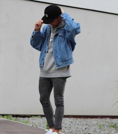 牛仔外套搭配什么裤子男士